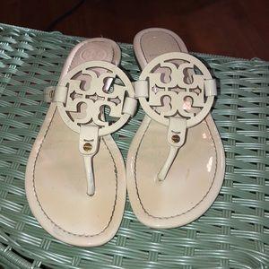 Tory Burch Miller thong flip flop sandals 9